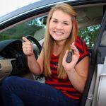 Zavarovanje za mladega voznika – brezskrbno pridobivanje vozniških izkušenj